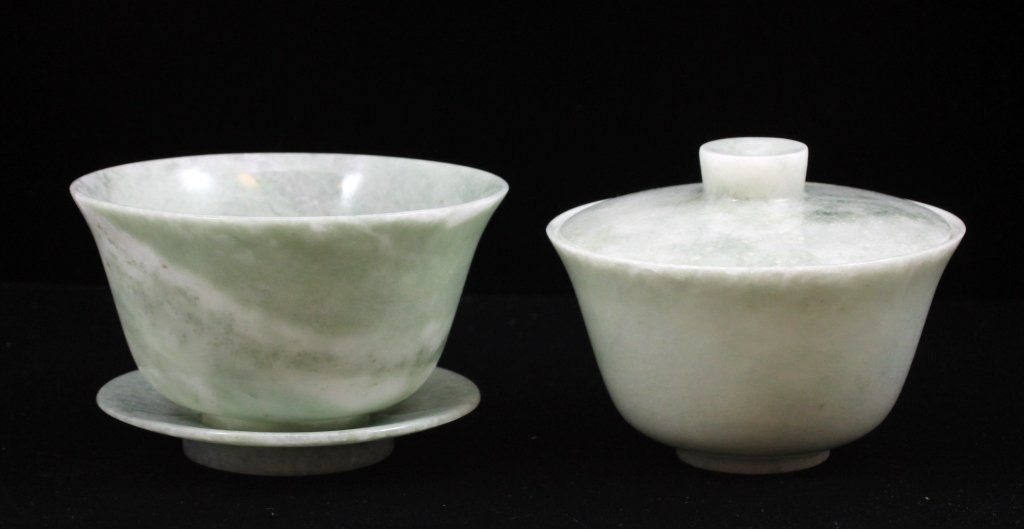 PAIR OF CHINESE WHITE JADE COVERED BOWLS