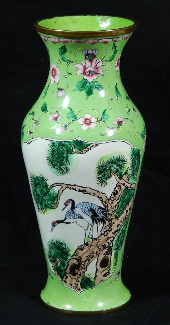 CHINESE GREEN PEKING ENAMELED VASE
