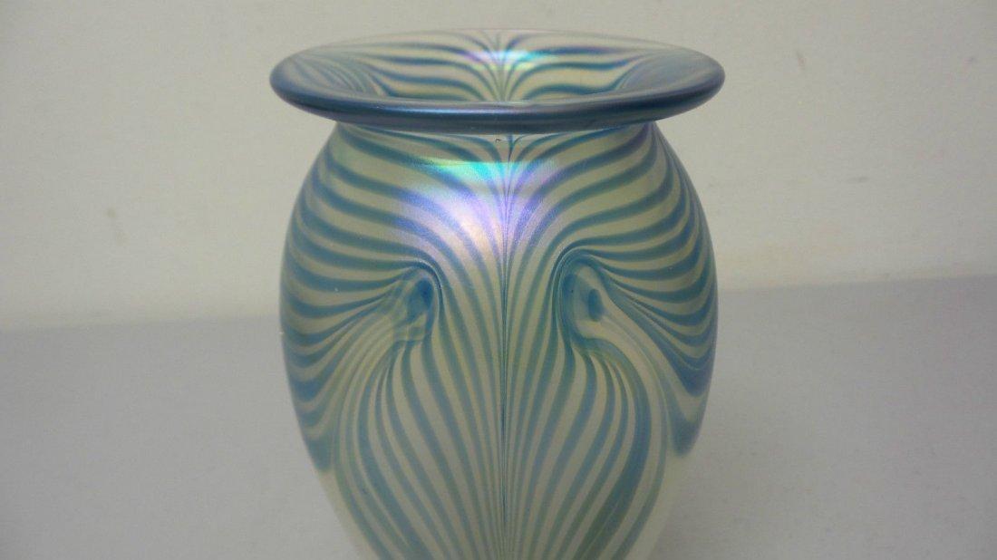 ROBERT EICKHOLT ART GLASS CLEAR IRIDESCENT VASE - 3