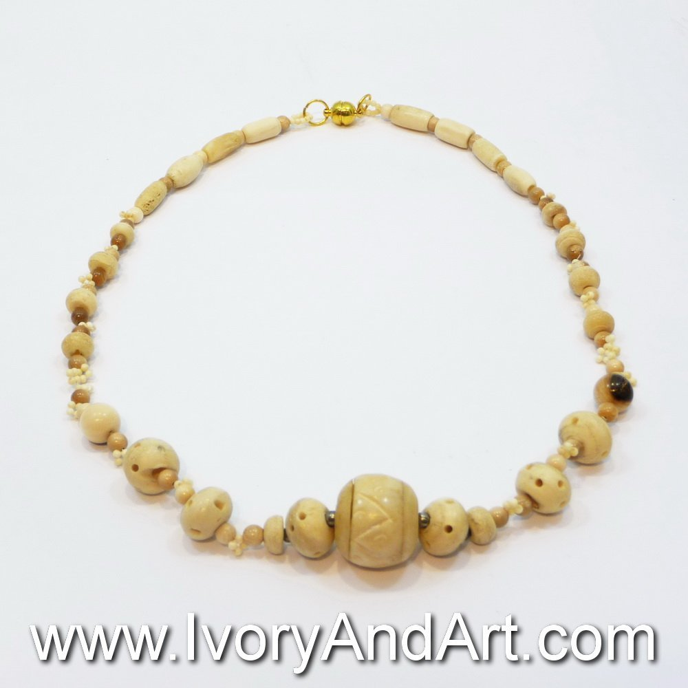 Mammoth Ivory Jewelry - Necklace with Elliptic balls