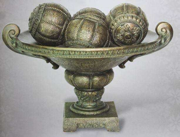 ANTIQUE STYLE BOWL WITH DECORATIVE s