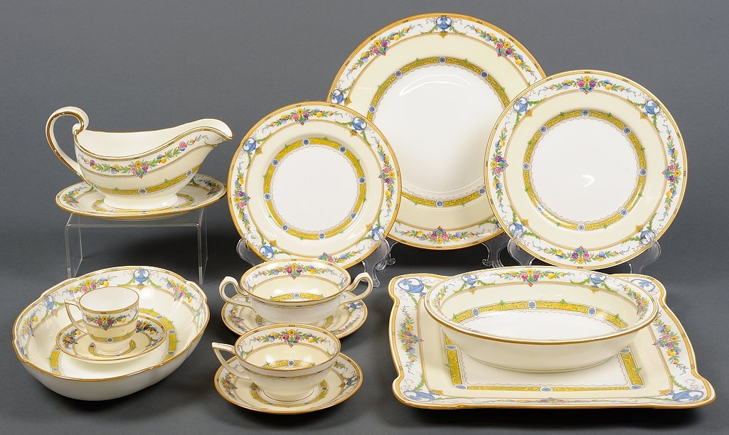 """A COLLECTION OF MINTON """"HELENA"""" FINE CHINA SERVICE FOR"""