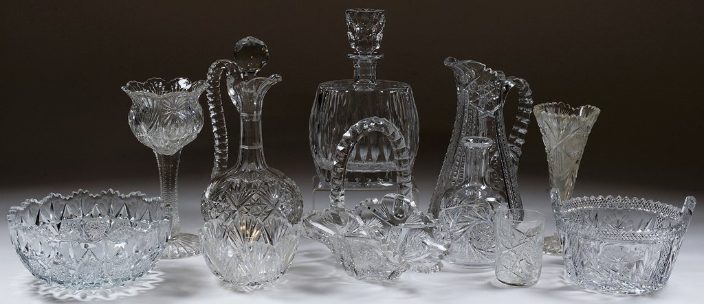 A COLLECTION OF FACETED CUT CRYSTAL