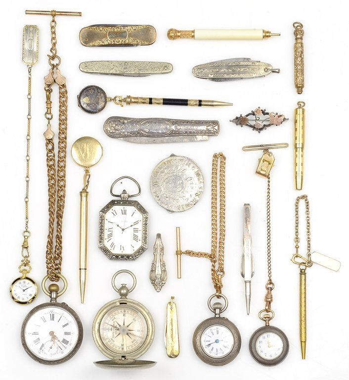 A COLLECTION OF ANTIQUE POCKET WATCHES, PENS, KNIVES