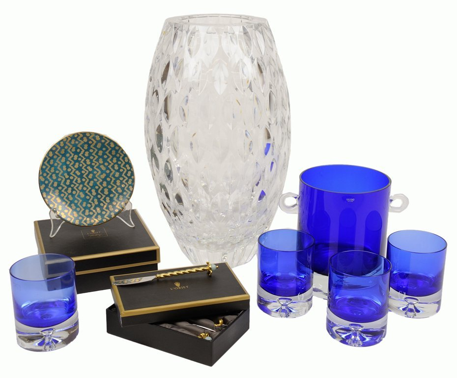 A DESIGNER COLLECTION OF L'OBJET, COBALT GLASS, AND A