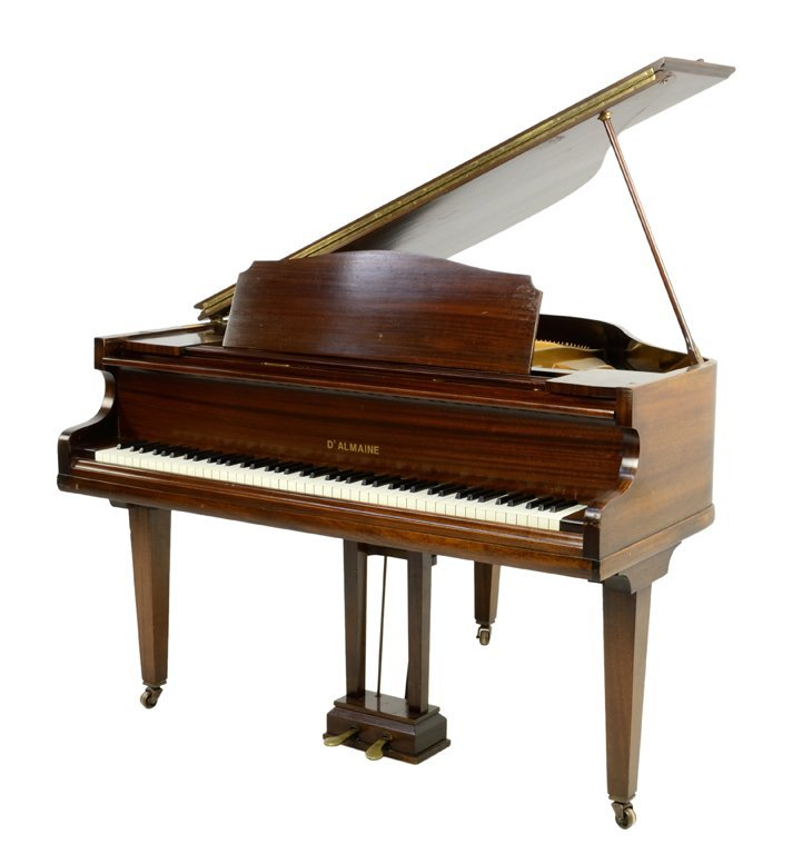 A PETITE PARLOR GRAND PIANO BY D'ALMAINE