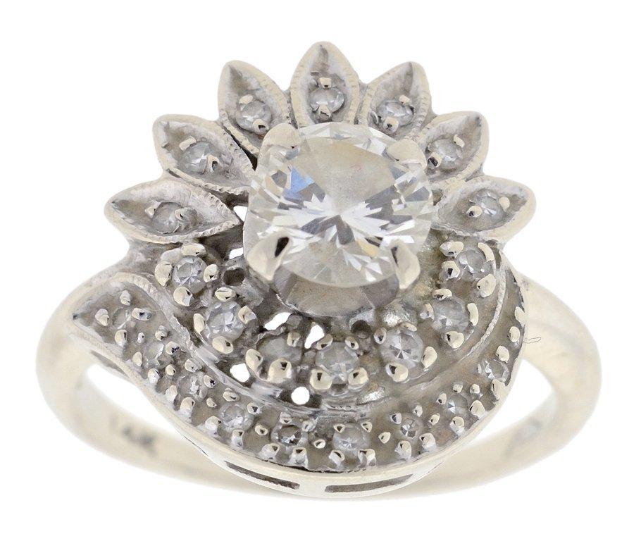 A 14K WHITE GOLD LADIES .75CTS DIAMOND FLORET RING