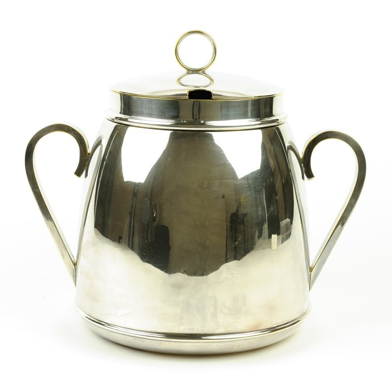 AN MINIMALIST STYLE SILVERPLATE SOUP TUREEN WITH CUT