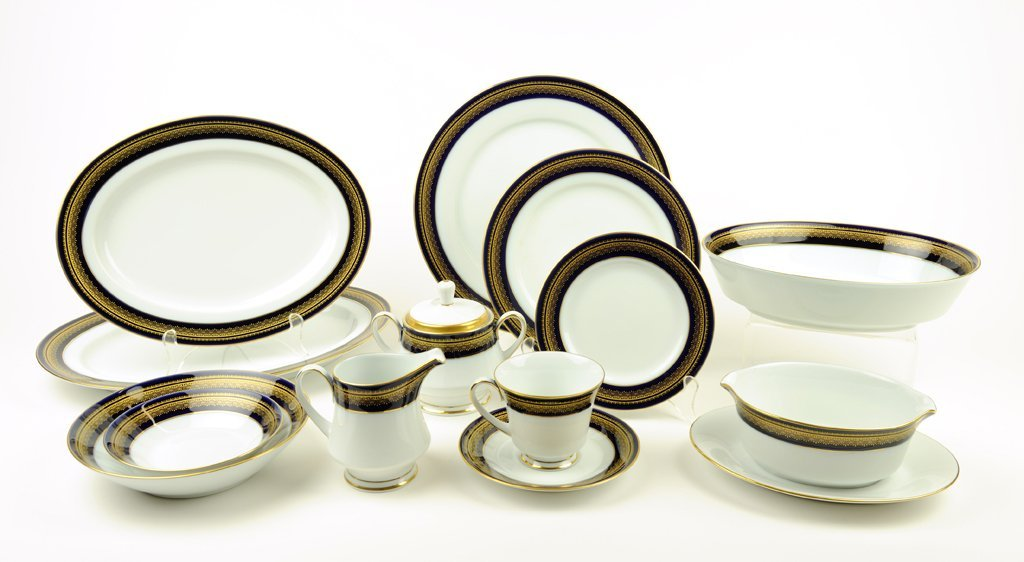 """A COLLECTION OF NORITAKE CHINA """"VIENNA"""" PATERN COMPLETE"""