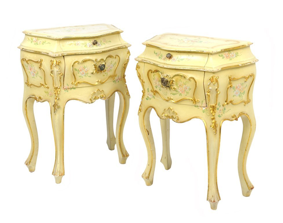 A PAIR OF VENETIAN ROCOCO REVIVAL PAINTED BEDSIDE