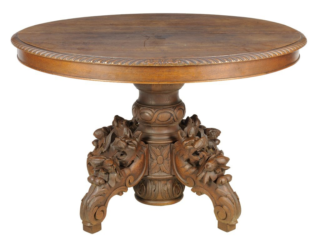 A FRENCH RENAISSANCE REVIVAL DINING TABLE