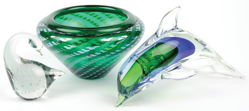 A GROUP OF CORREIA AND MURANO ART GLASS PIECES