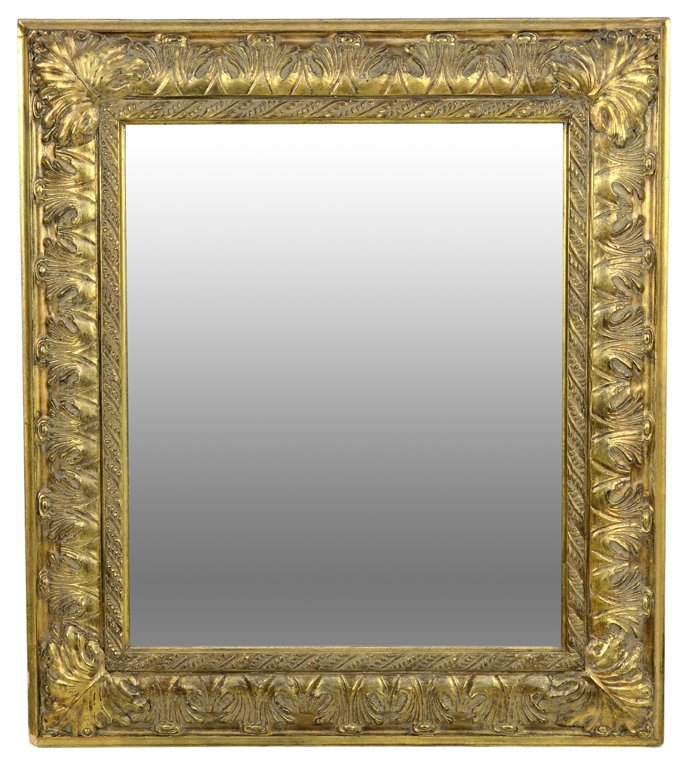 A VENETIAN STYLE GILTWOOD MIRROR