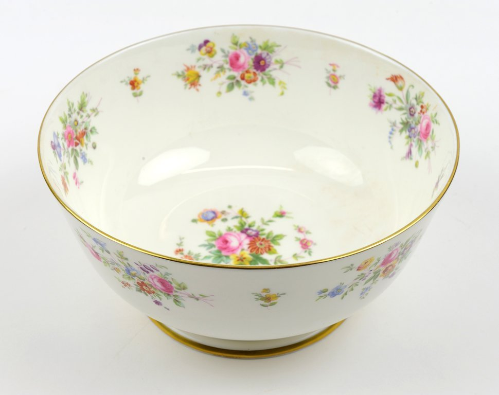A MINTON PORCELAIN SERVING BOWL