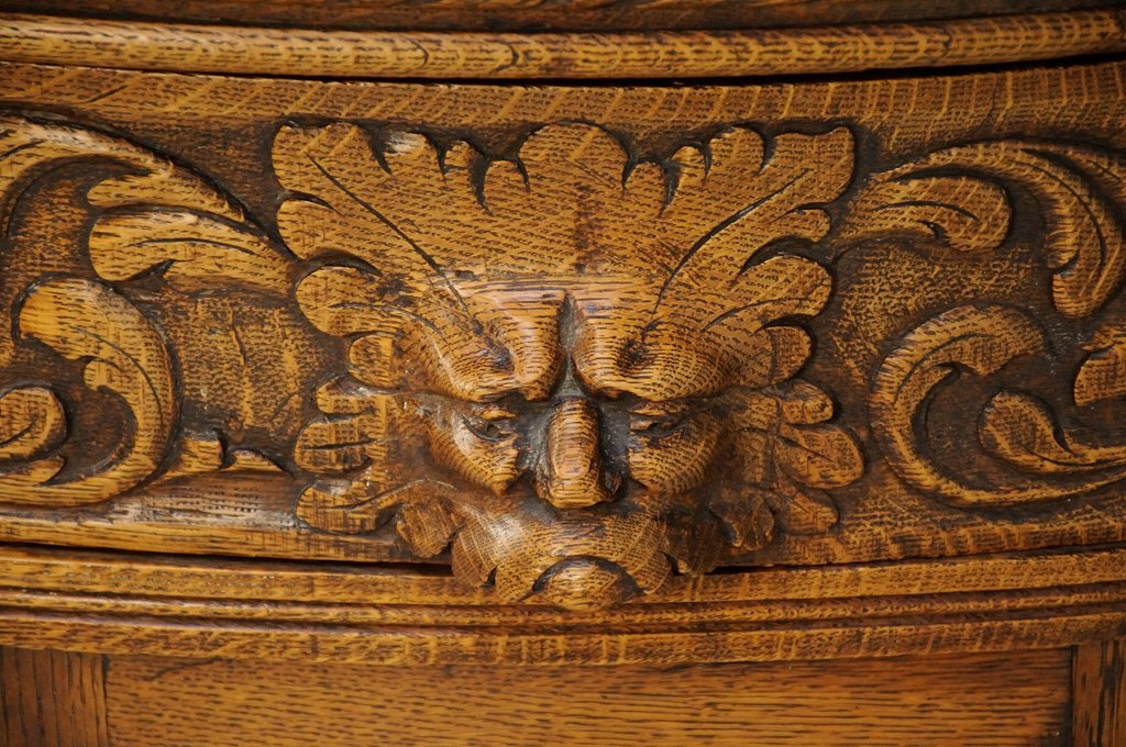A FRENCH GOTHIC REVIVAL SIDEBOARD WITH MIRROR - 4