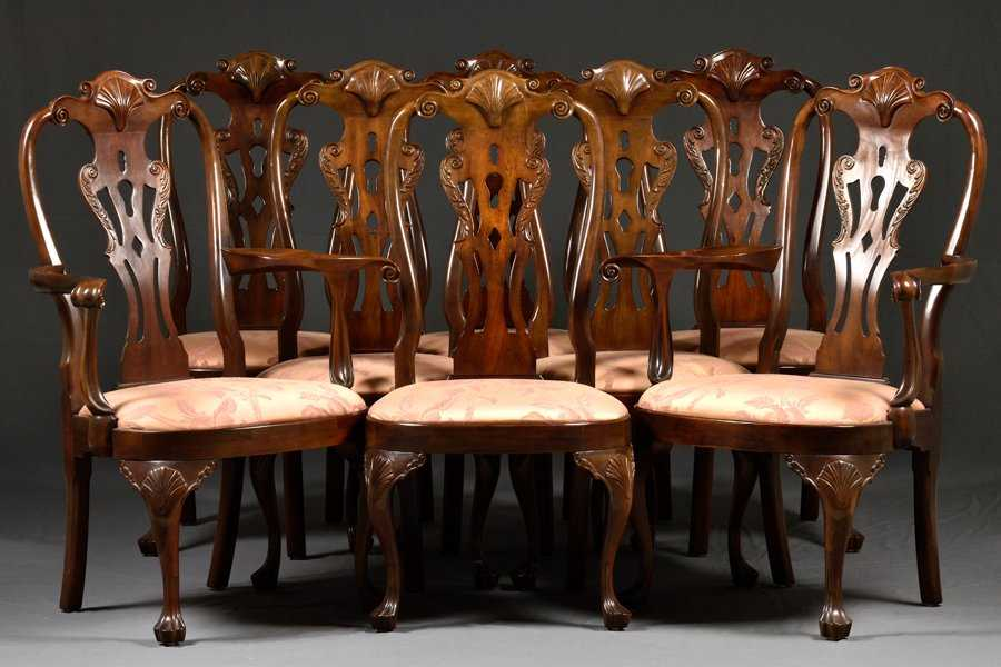 4a4f6c292c89d A SET OF EIGHT HENREDON QUEEN ANNE STYLE DINING CHAIRS