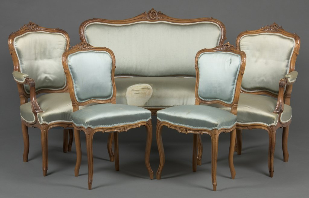A FRENCH LOUIS XV STYLE SALON SUITE