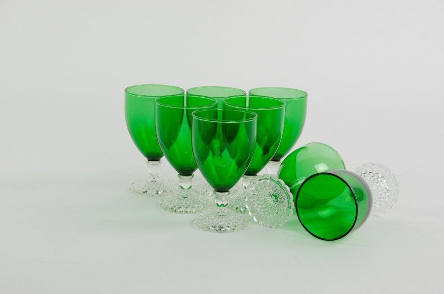 A SET OF EMERALD GLASS STEMWARE