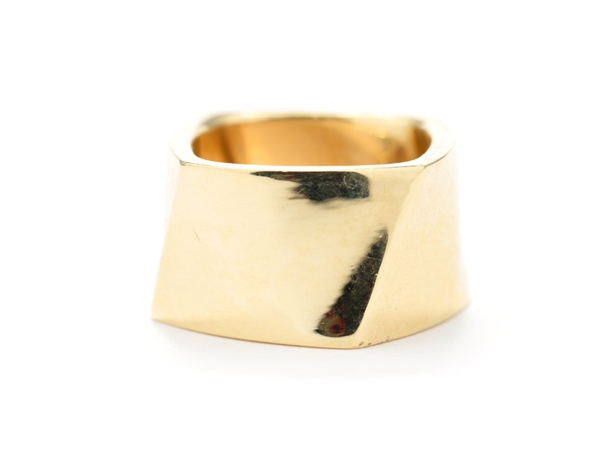 A TIFFANY & CO. TORQUE RING BY FRANK GEHRY
