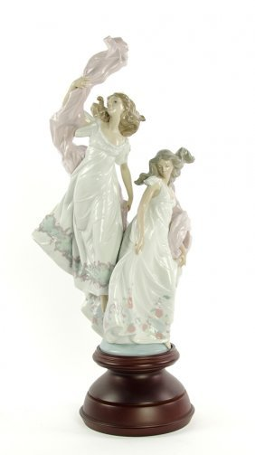 A Lladro 'allegory Of Liberty' Figurine With Wooden