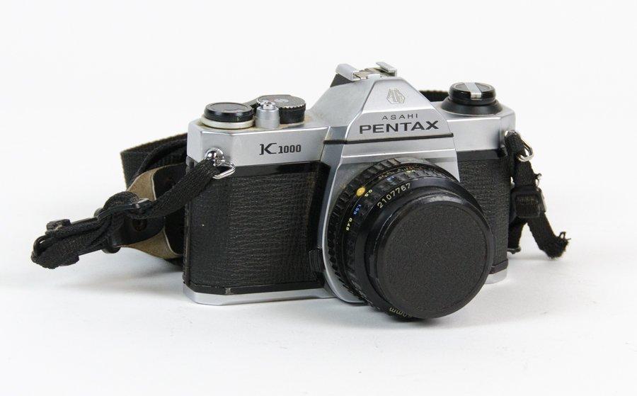 A PENTAX K1000 35MM CAMERA