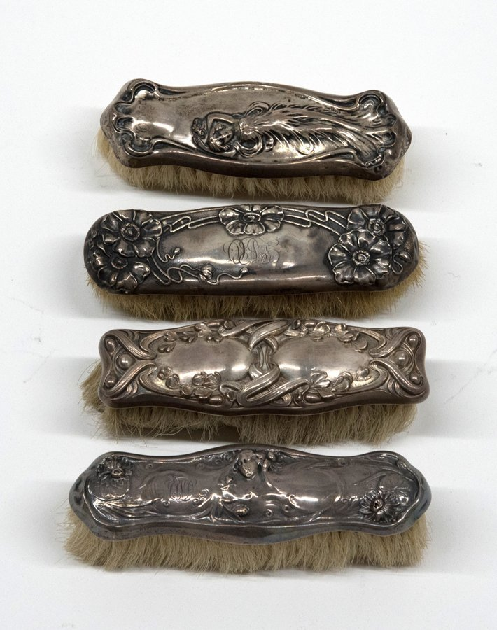 A COLLECTION OF STERLING SILVER ART NOUVEAU DRESSER - 4