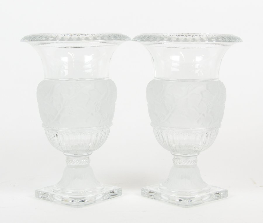A PAIR OF GLASS VASES, IN THE STYLE OF LALIQUE