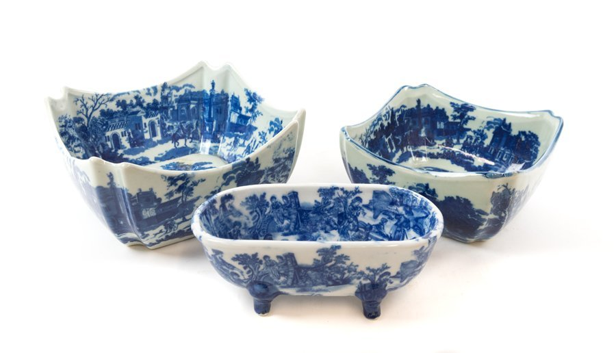 A GROUP OF THREE ENGLISH FLOW BLUE AND WHITE TABLE