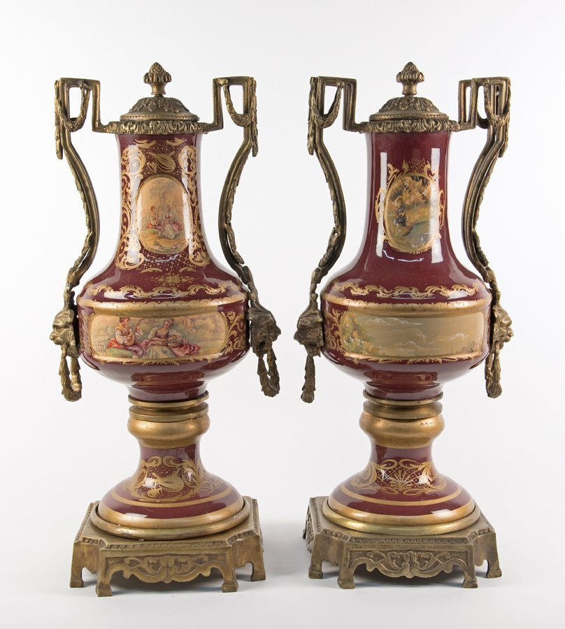 A PAIR OF CONTINENTAL STYLE ORMOLU MOUNTED PORCELAIN - 2