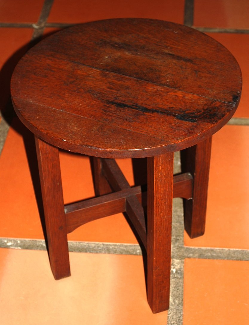 American Oak Cabernet Table