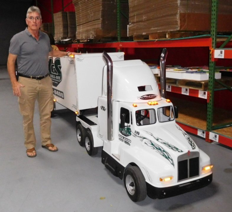 Tractor Trailer Go Cart w Lights & Horn   RUNS