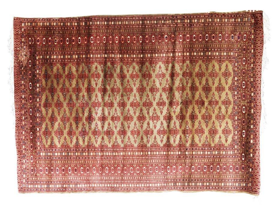 Short Carpet