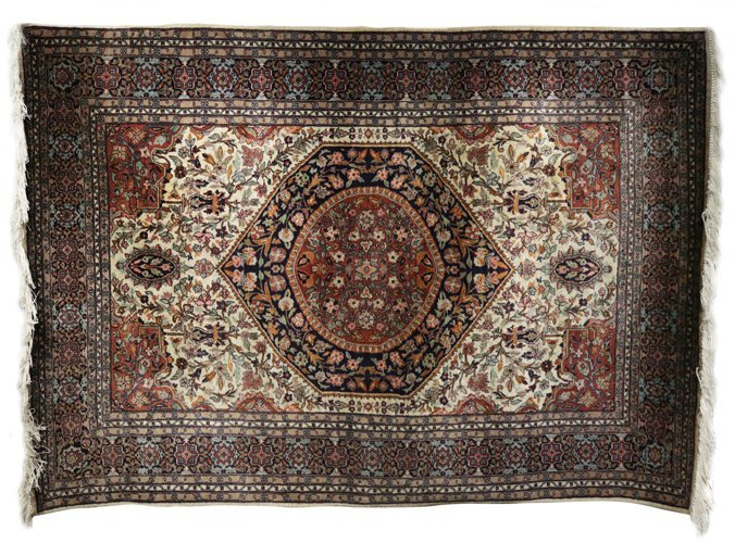 Persian Heriz Serapi Carpet