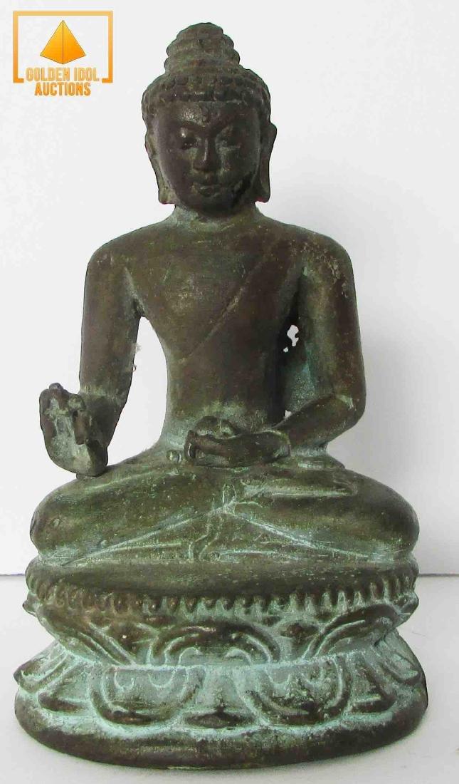 Antique chinese bronze Budda