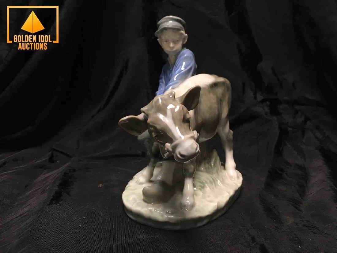 B&G Porcelain figurine - Boy With Calf - 3