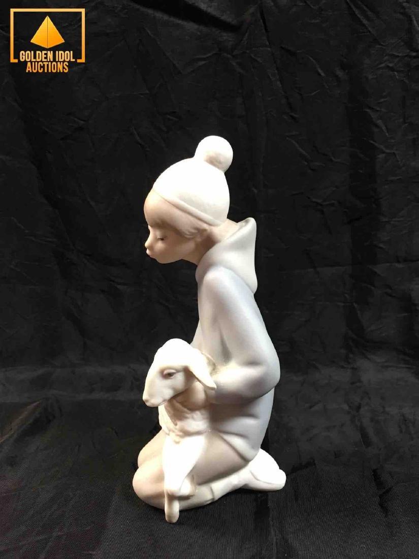 Lladro Figurine of a Shepherd boy with a sheep. - 4