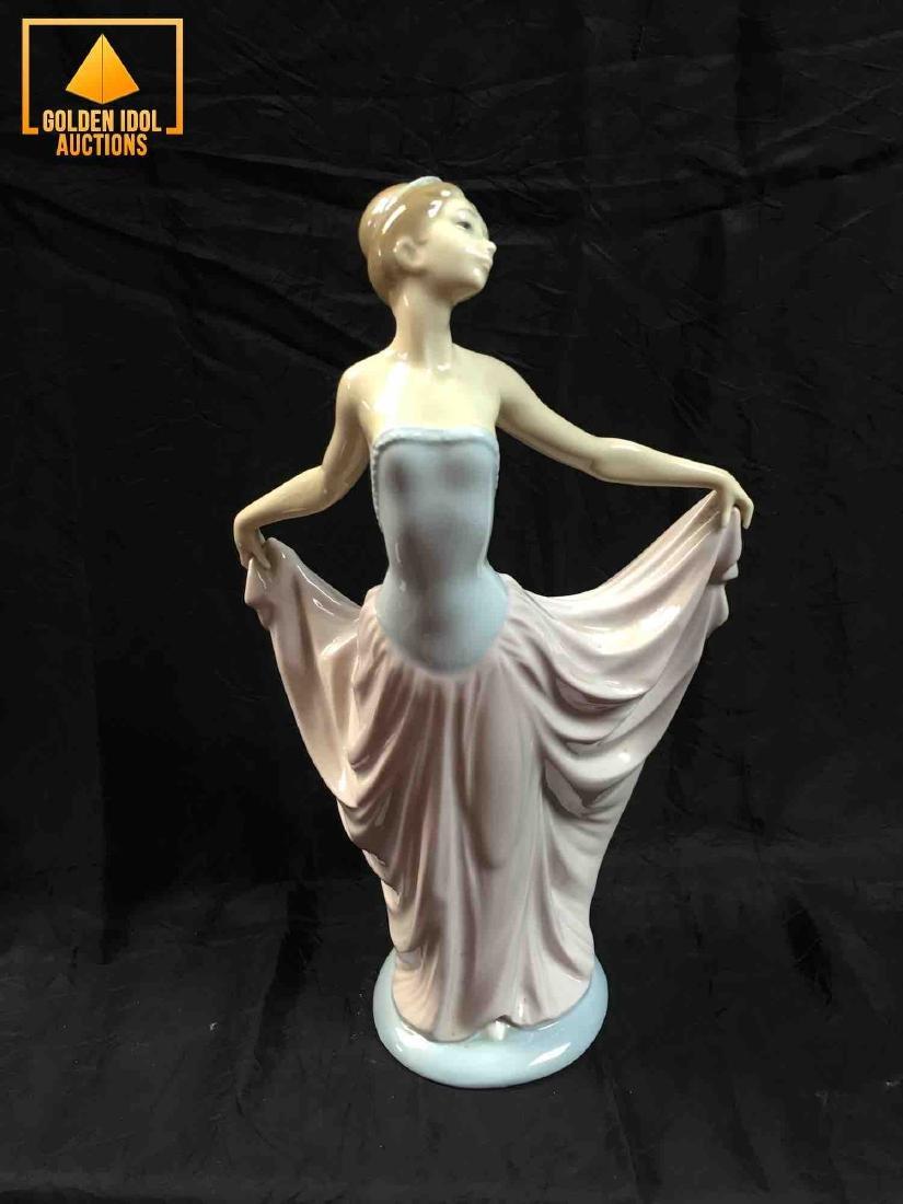 Lladro Dancer ballet figurine #5050