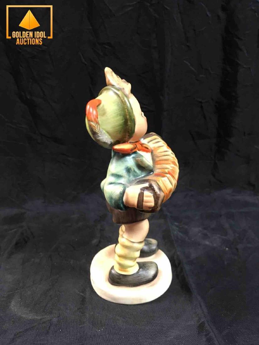 "Hummel Figurine #185 - ""Boy with accordion"" - 2"