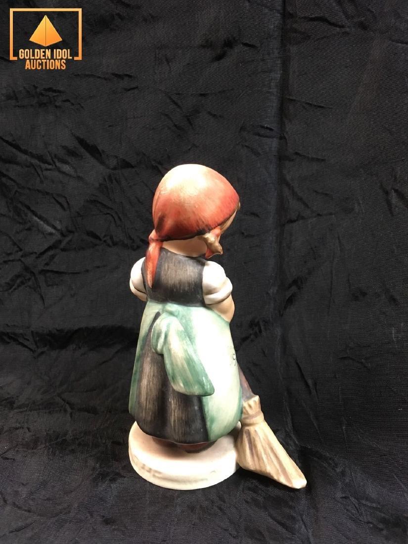 Hummel Figurine #171 - Little Sweeper - 2