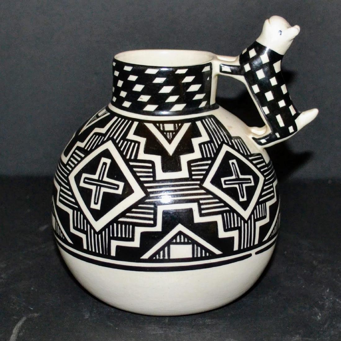 Black and White Ware Acoma Pueblo Pottery vase