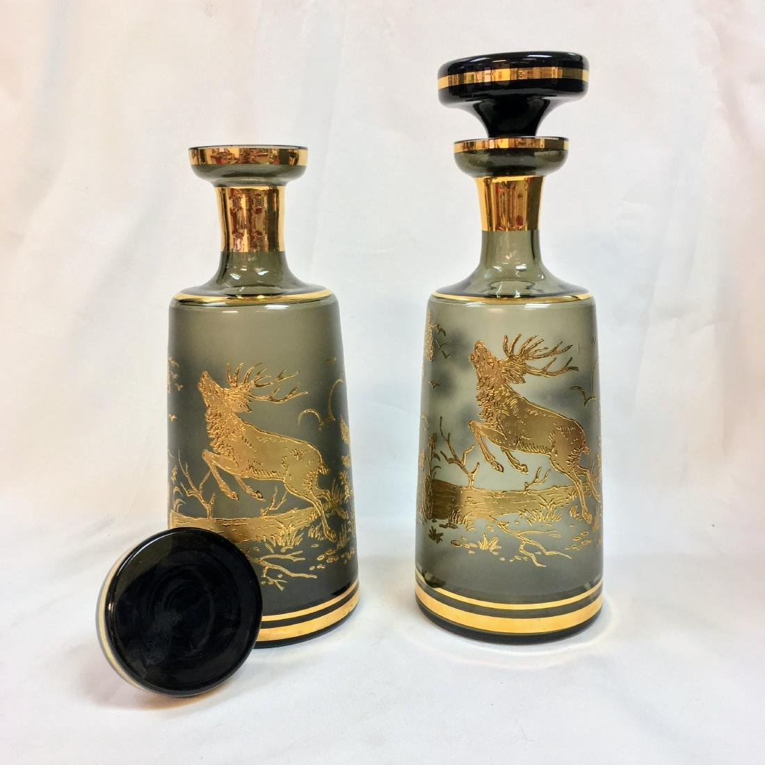 Set of 2 Bohemian crystal Decanters, Mid Century - 2