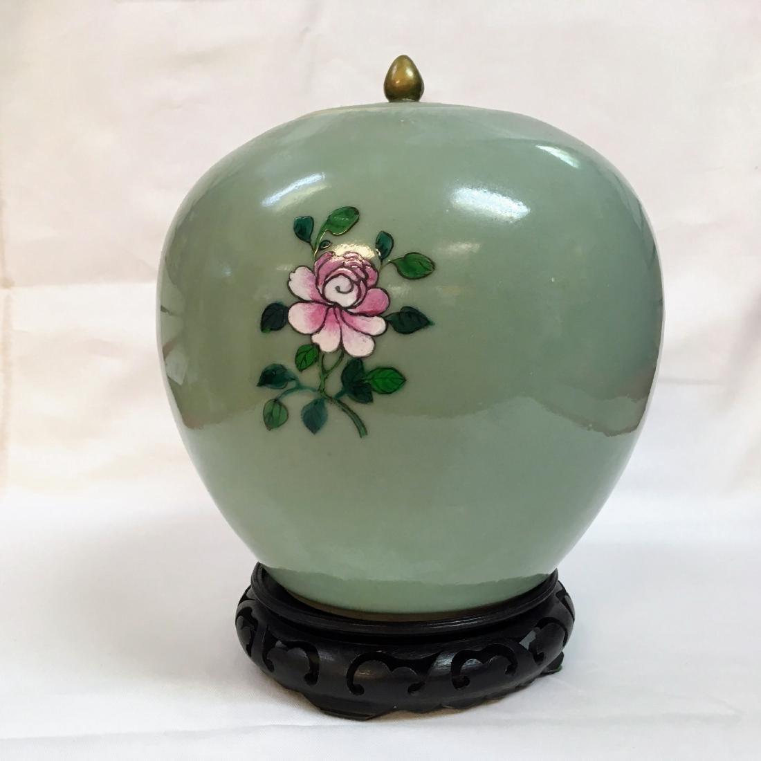 Antique Chinese Famille rose Porcelain green ginger jar - 2