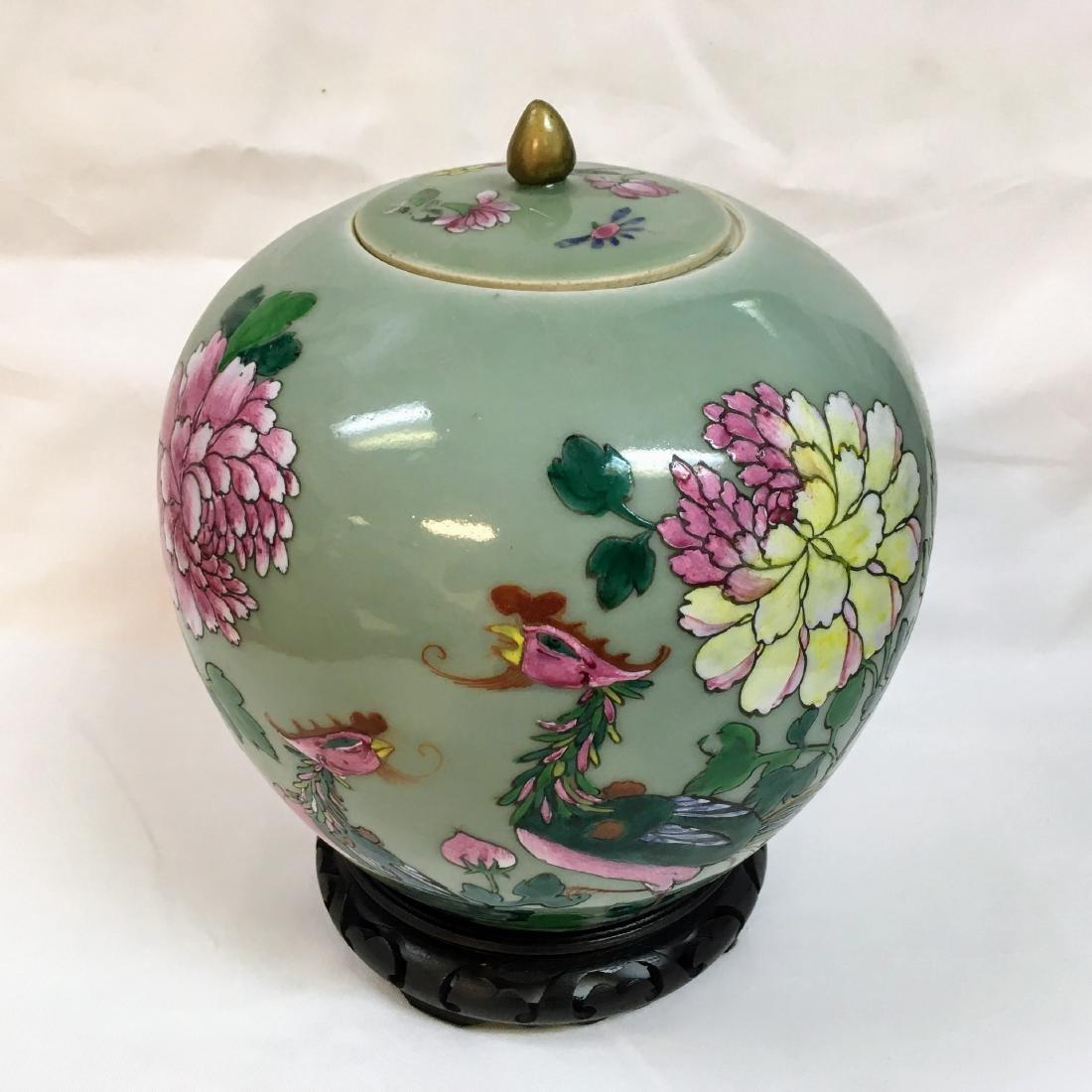 Antique Chinese Famille rose Porcelain green ginger jar - 4
