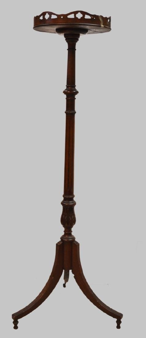 Antique mahogany wood pedestal stand