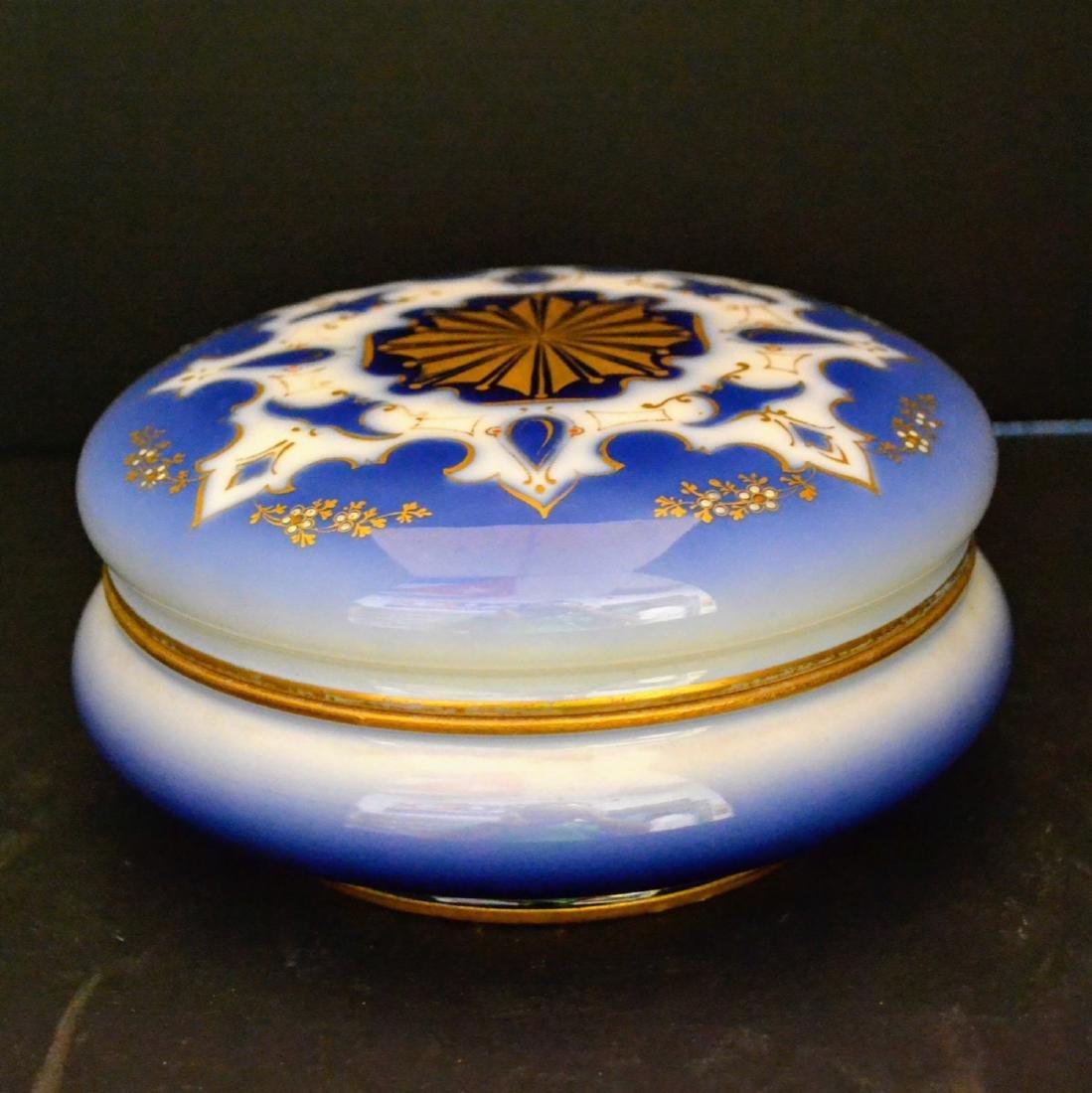 Vintage Limoges Dresser box with lid, porcelain