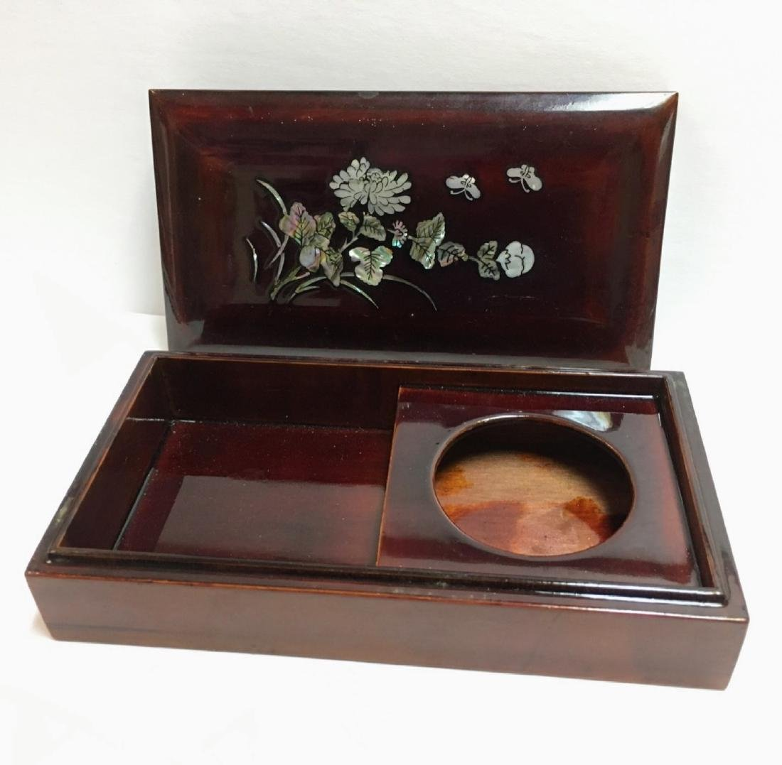 Vintage Mother of pearl, lacquered wood covered box - 2