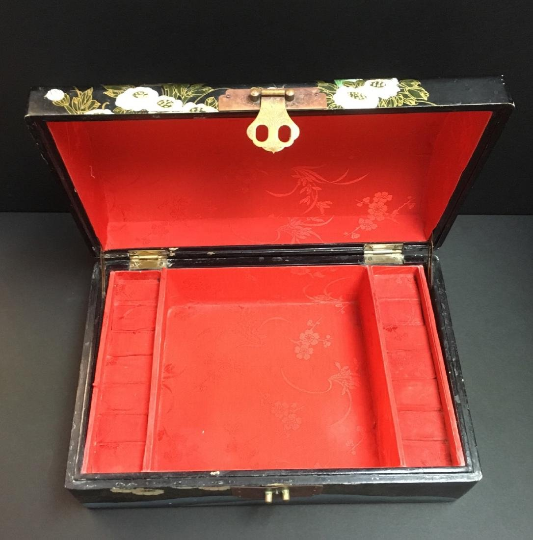 Fine Old VintageAsian hand painted Jewelry Box - 3