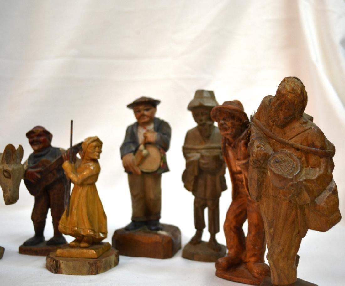 Antique ANRI Handmade WOOD CARVING Italy 8 Figures - 4