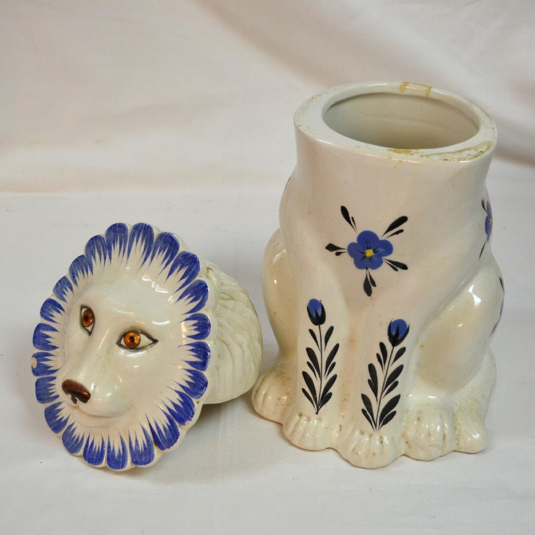 Mancer Ceramic Lion Cookie Jar . Made in Italy - 3