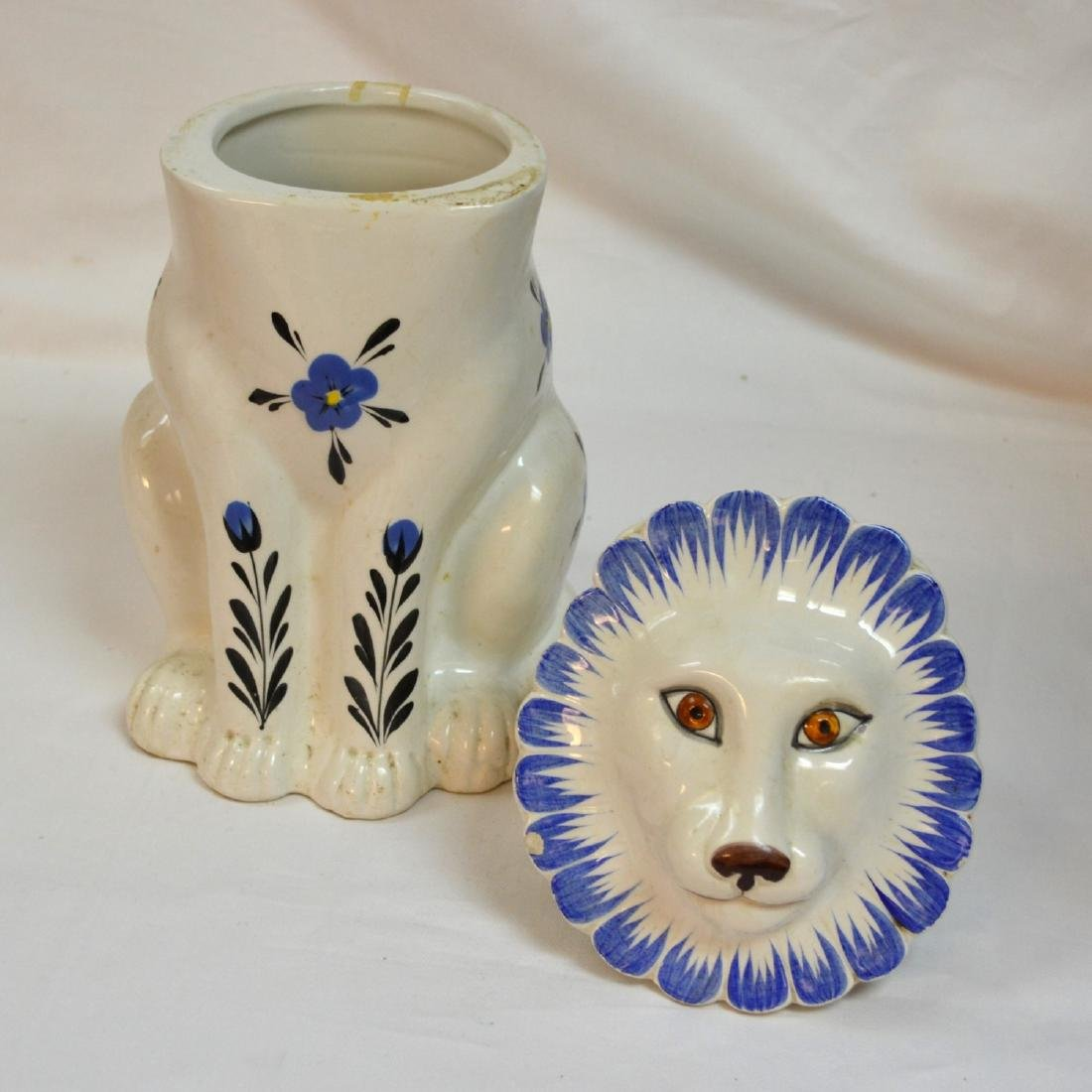 Mancer Ceramic Lion Cookie Jar . Made in Italy - 6